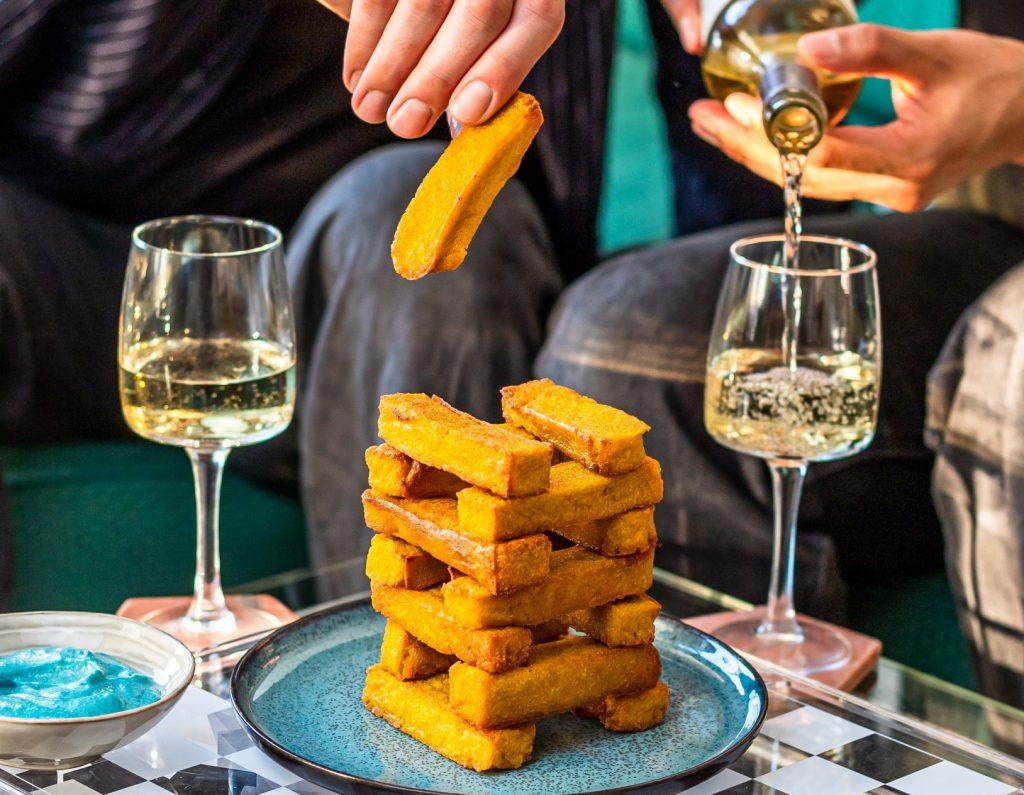 vegan soul food cheesy polentafrietjes